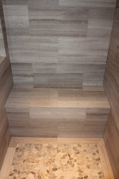 Kerdi-board waterproofed shower bench_4302