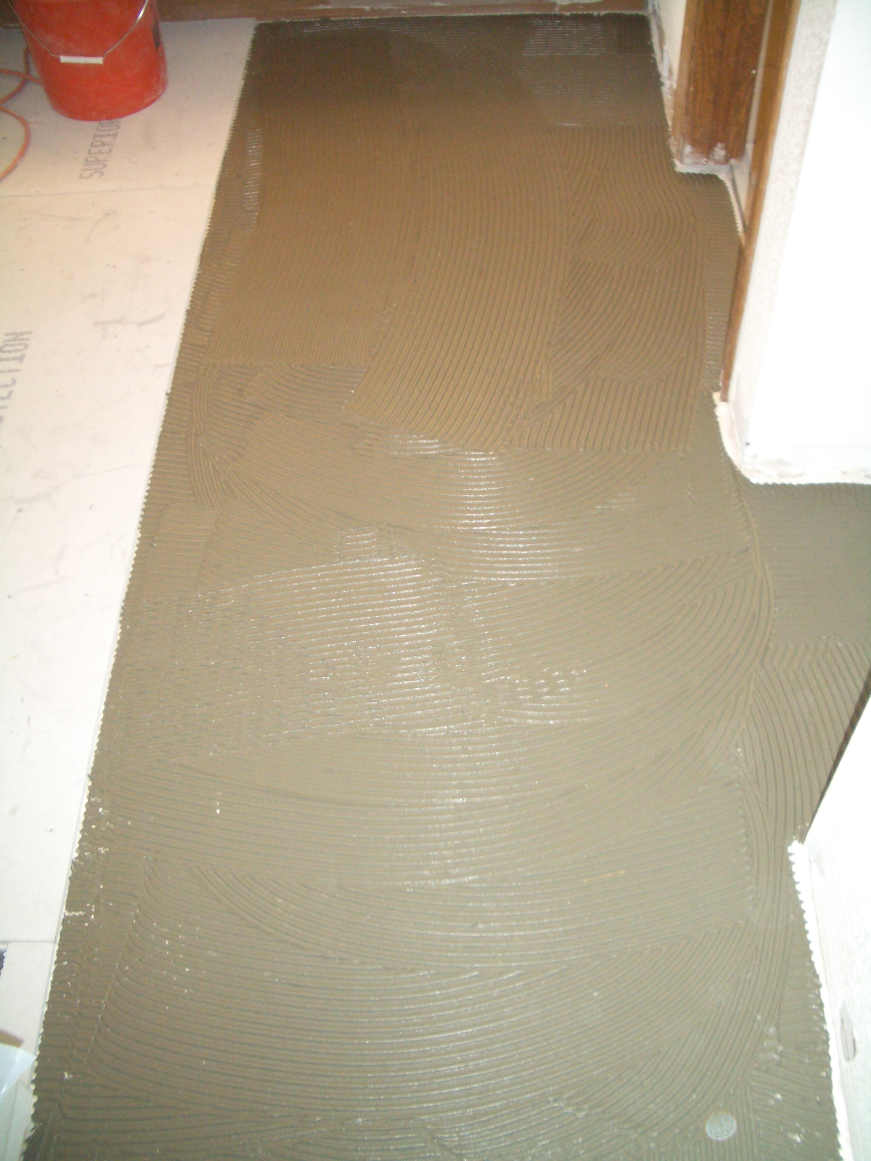 How to install cement backerboard for floor tile installing thinset beneath backerboards dailygadgetfo Gallery