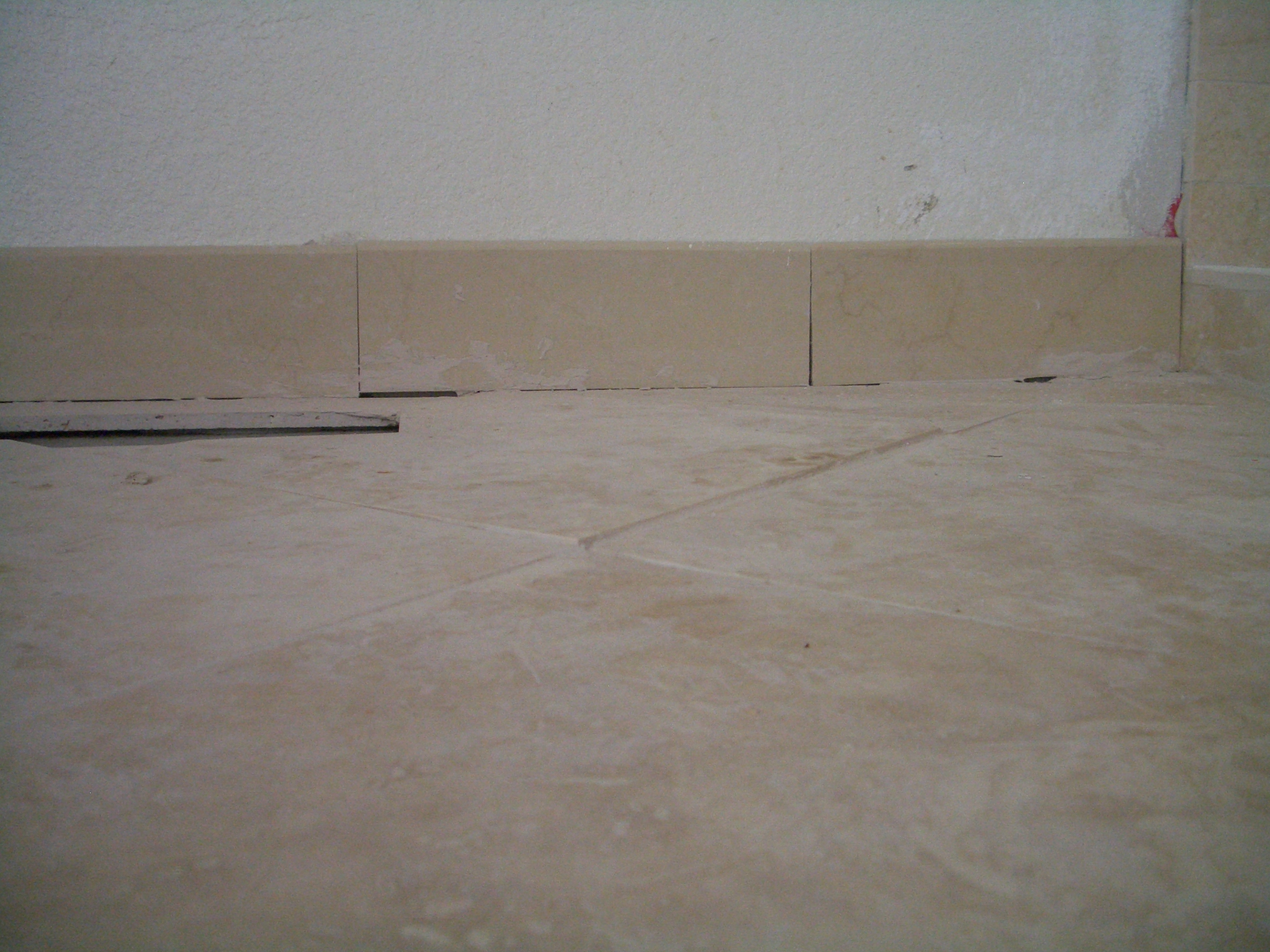 Tile floor without grout lines