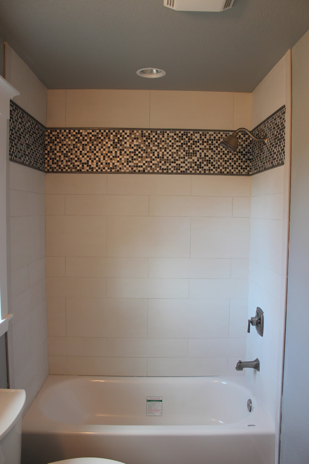 Porcelain Shower With Glass And Metal Mosaics Part 34