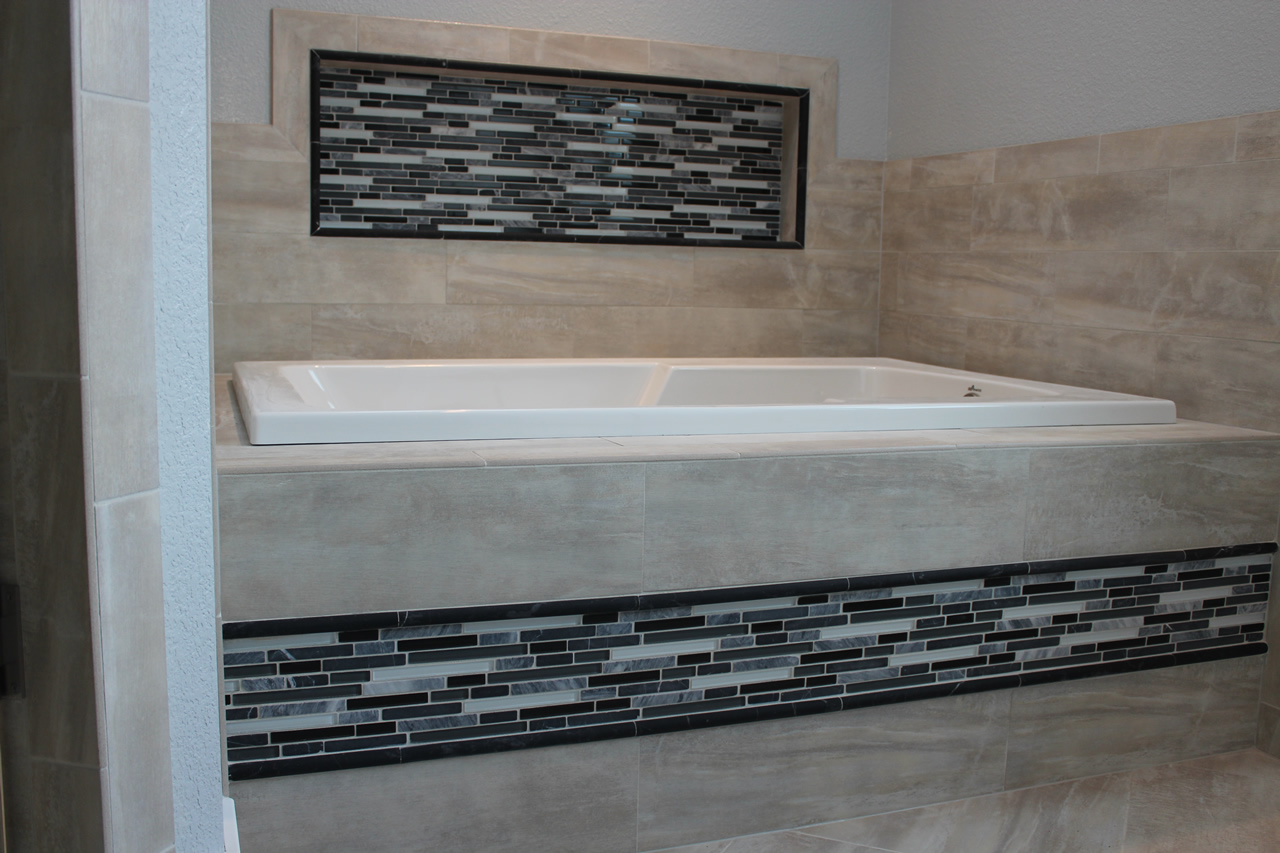 bathroom glass tile tub. Porcelain and glass tub Using Glass Tile as an Accent