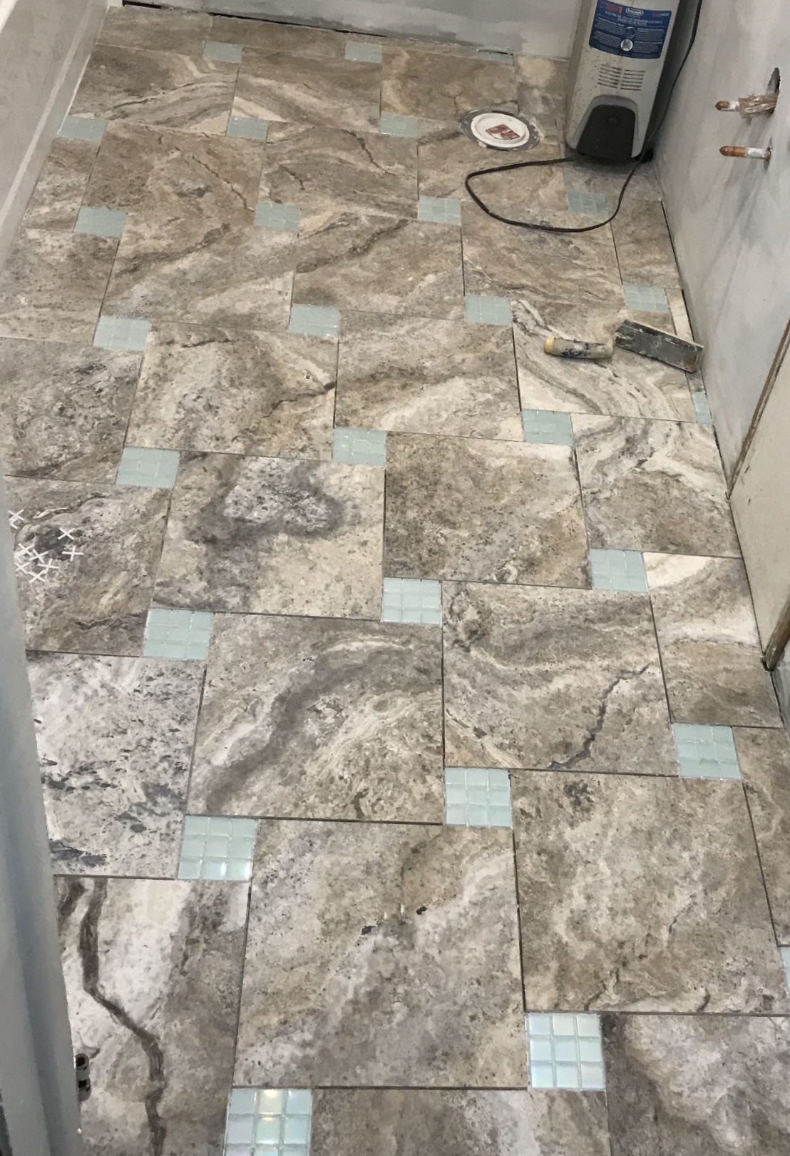 Setting different thicknesses of tile for inserts the end result came out well with a little patience and finesse i was able to control the challenges here is a picture to give you an idea dailygadgetfo Image collections